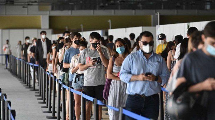 España impone una cuarentena obligatoria a viajeros de Argentina por el coronavirus
