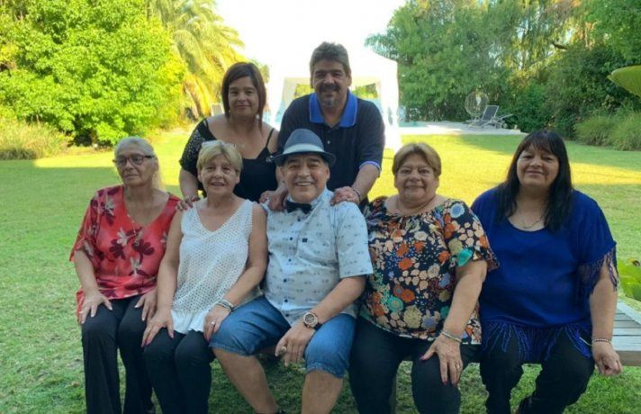 El comunicado de las hermanas Maradona tras el informe de la junta médica: No merecía morir así