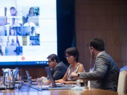 Ministro de Trabajo, Claudio Moroni, y titular de AFIP, Mercedes Marcó del Pont - @AFIPcomunica