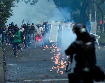 Crece la tensión en Colombia: hay más de 20 muertos y siguen los incidentes
