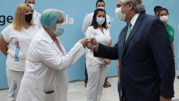alberto fernandez anuncio un bono de $6.500 para personal de salud