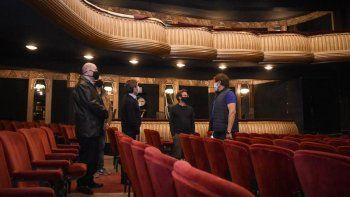 el gobierno asistira con $50 millones a salas de teatro que debieron cancelar espectaculos en abril