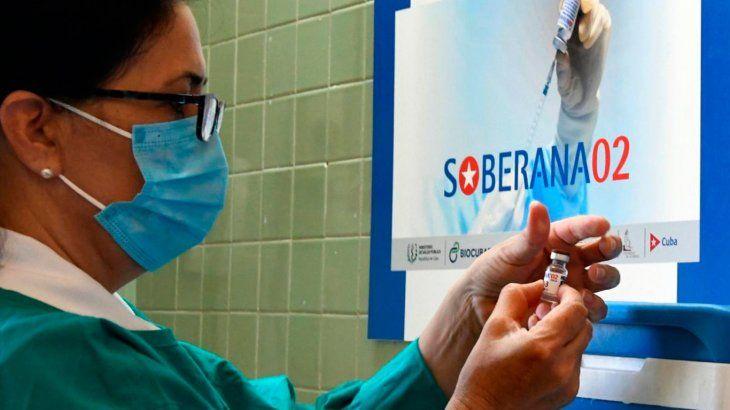 El embajador argentino confirmó el arribo de vacunas cubanas al país: Termina la fase 3 y la ANMAT dará la aprobación