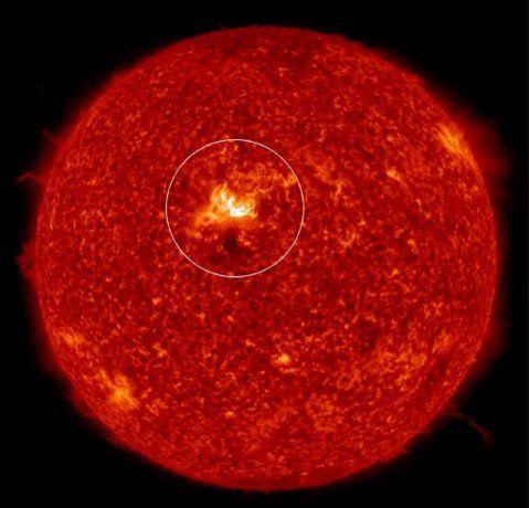 Hay alerta de tormenta geomagnética por una llamarada solar que llegaría este lunes a la Tierra