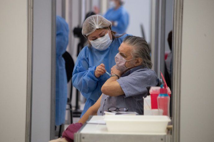 vacuna-coronavirus-caba-mayores-70-anos