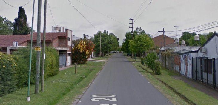 Entraron a robar a su casa en City Bell y avisó a sus compañeros de clase por Zoom