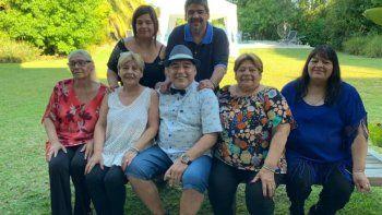 el comunicado de las hermanas maradona tras el informe de la junta medica: no merecia morir asi