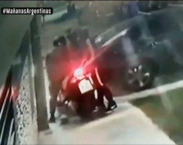 La Plata: un motoquero se defendió de un ataque motochorro y puso a los delincuentes en fuga