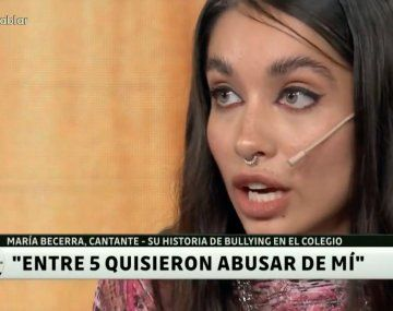 María Becerra contó como quisieron abusar de ella