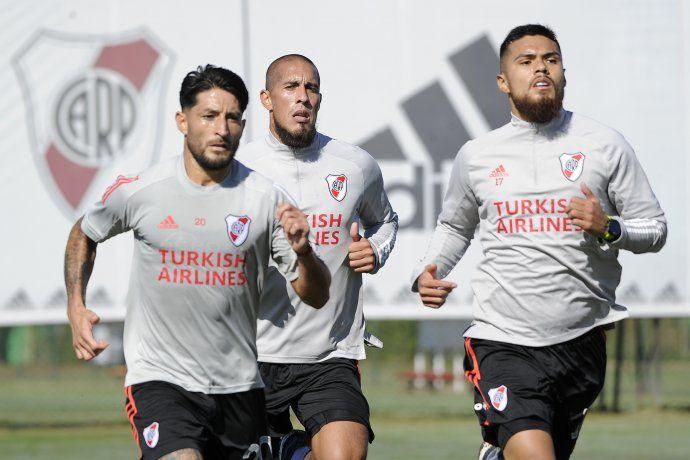 River se entrenó en Ezeiza: Milton Casco, Jonatan Maidana y Paulo Díaz