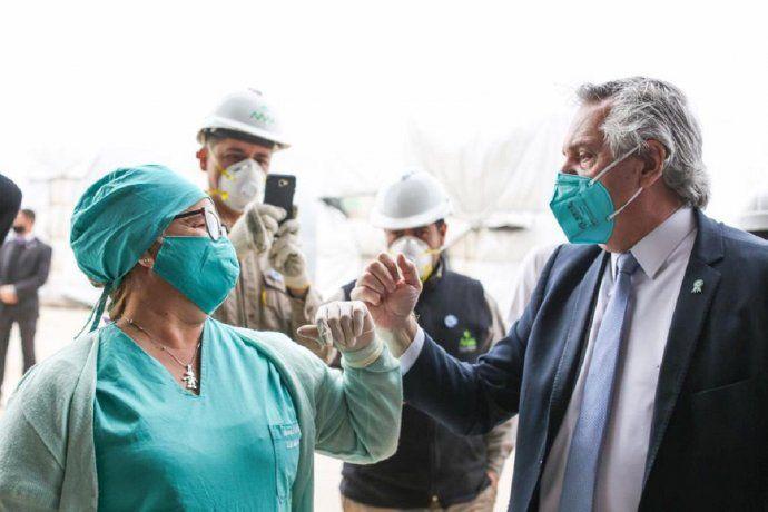 Relajamiento: Alberto Fernández aclaró que no se refería a los trabajadores de la salud