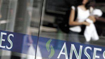 Pagos de ANSES: quiénes cobran este jueves y anuncio del nuevo bono de $6.000