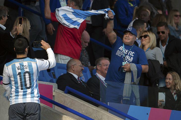 El video de Diego Maradona en el Mundial de Rugby 2015 que se volvió viral por el desprecio de Los Pumas