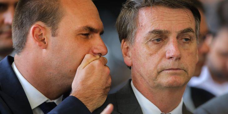Eduardo y Jair Bolsonaro