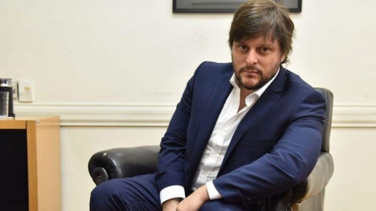 Leandro Santoro: La oposición reconoce discursivamente una pandemia pero en la práctica no