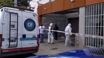Mientras médicos lloran los muertos, desbaratan 35 fiestas clandestinas en Salta