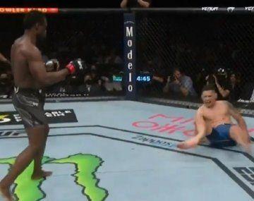 Video: luchador de UFC pegó una patada y la pierna se le partió en dos