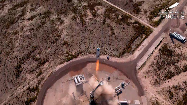 Así despegó el cohete de Blue Origin con William Shatner, el capitán Kirk de Star Trek