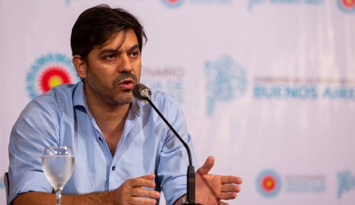 Provincia: Carlos Bianco anunció que 15 municipios retrocederán de fase por el aumento de casos de Covid-19