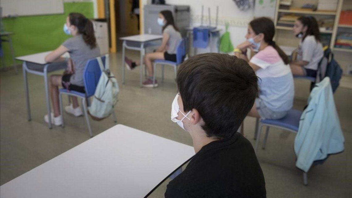 Clases presenciales: ya está disponible el permiso para circularpara docentes y alumnos
