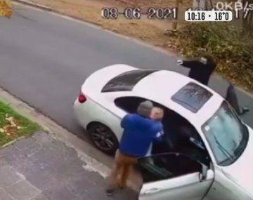 Le intentaron robar el auto con el bebé durmiendo adentro