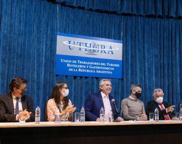 Alberto Fernández: Los planes sociales son un analgésico para el momento y no pueden ser la regla