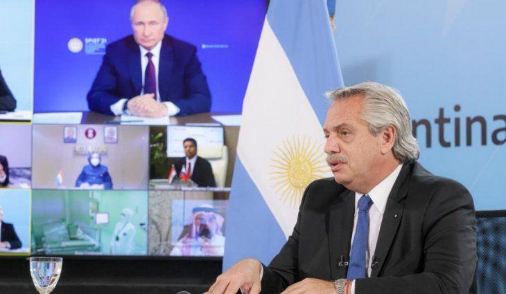 Alberto Fernández y Vladimir Putin anunciaron el inicio de la producción local de la vacuna Sputnik V
