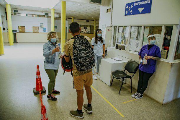 Coronavirus en Argentina: 264 personas murieron y 11.859 dieron positivo en las últimas 24 horas