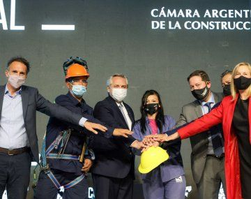 Alberto Fernández: De acá a fin de año tendremos en ejecución más de 100.000 viviendas