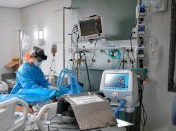 seis de cada diez centros de salud del amba no tiene disponibles camas de terapia