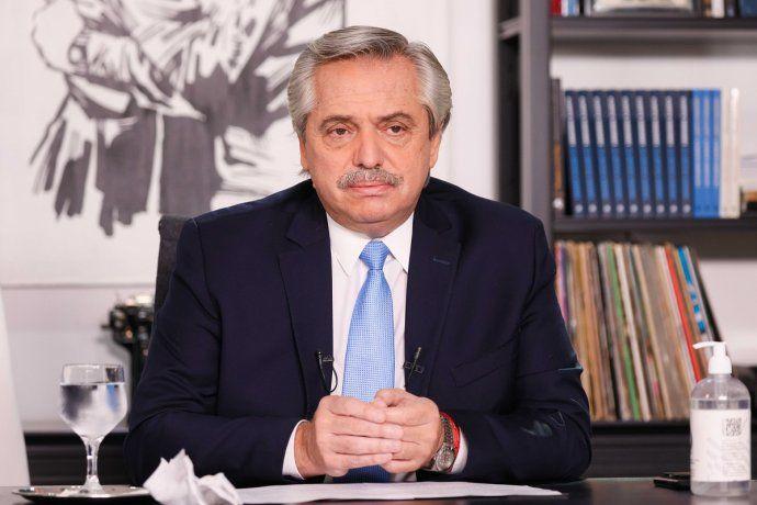 Alberto Fernández: Para seguir adelante en la vacunación necesitamos restringir los encuentros sociales