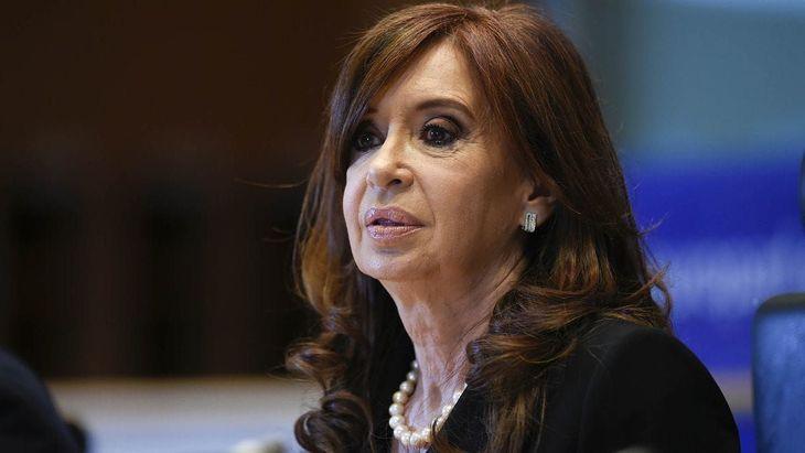 Ordenan la restitución de la asignación mensual vitalicia a Cristina Kirchner