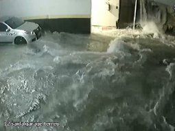 video: el derrumbe de una pileta en un condominio