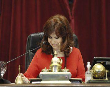 Cristina Kirchner cruzó a senadores de la oposición: Se comportan como barrabravas