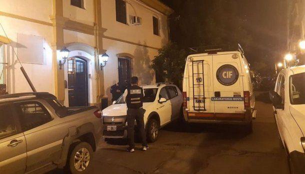 Cuerpo de Investigaciones Fiscales de Salta en la casa particular de Solá Torino. (Foto: El Tribuno)