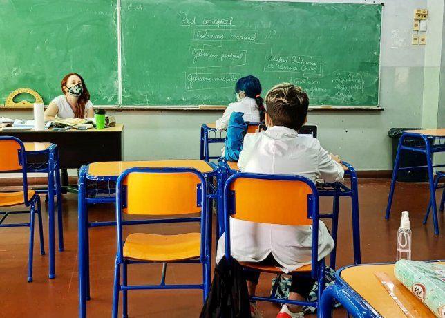 Presentan un amparo para suspender las clases presenciales en Mendoza