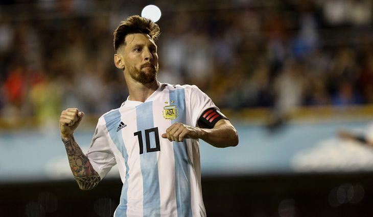 Máximo goleador y uno de los más convocados: los números de Messi en la Selección argentina