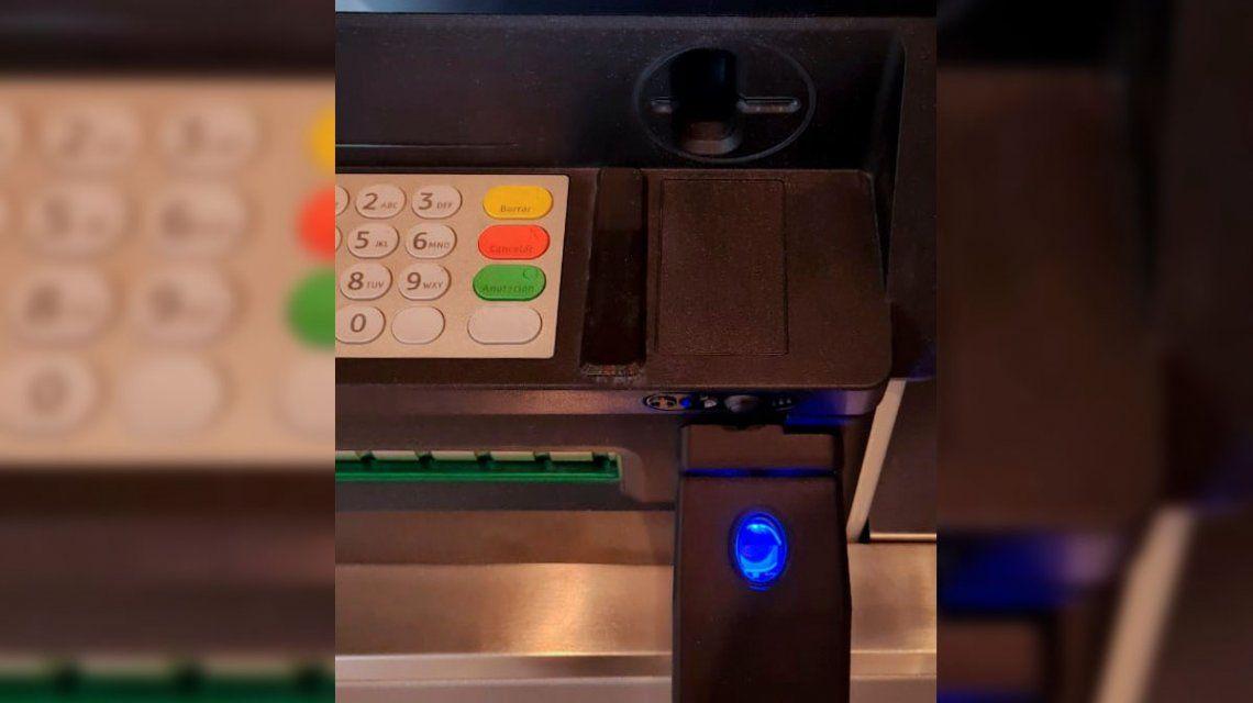 Los cajeros automáticos tendrán que aceptar la huella digital para operar