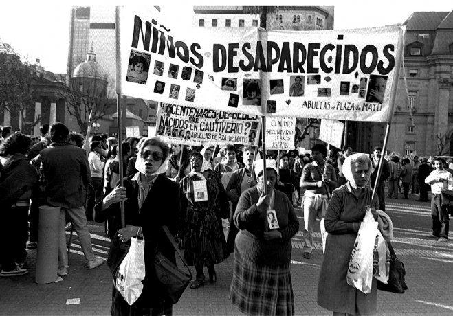 Abuelas de Plaza de Mayo cumple 44 años: Seguimos luchando por nuestros nietos, nunca nos vamos a arrodillar