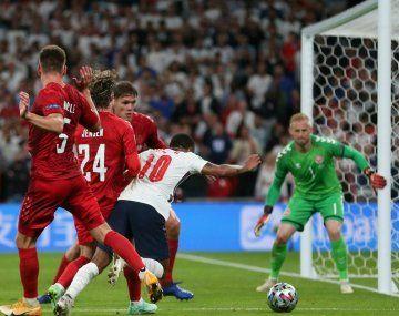 Euro 2020: con un polémico penal