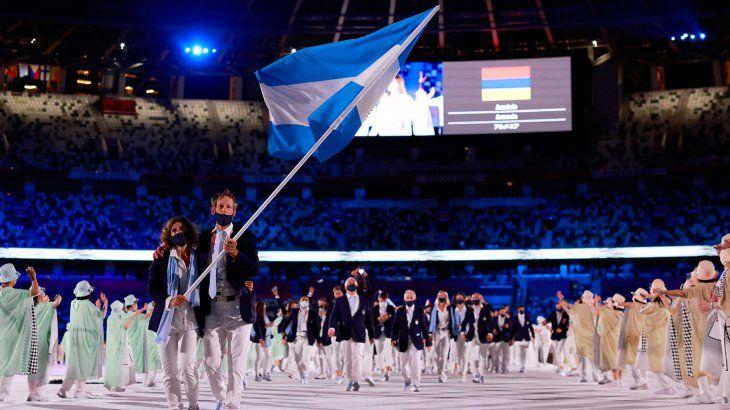 Salud otorgó cupos extras para el regreso a Argentina de los atletas olímpicos