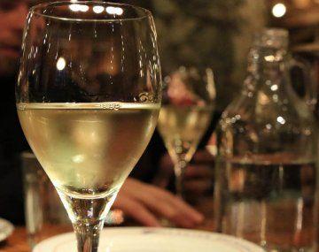 Bajó el consumo interno de vinos en 2021, pero subió el de espumantes