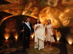 Alberto Fernández, su mujer, su hijo y Cristina Kirchner recorren el interior del Museo del Bicentenario