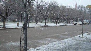 Advertencia violeta por el frío: en qué ciudades de la provincia de Buenos Aires puede nevar