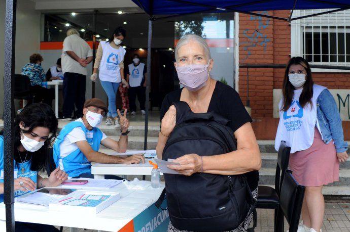 Vacuna contra el coronavirus: llegan más dosis