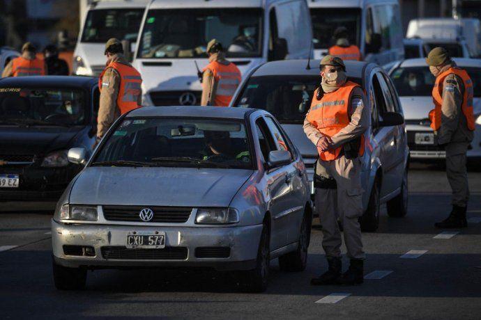 Personal de Prefectura realizó controles a los vehículos que ingresaron a la Ciudad