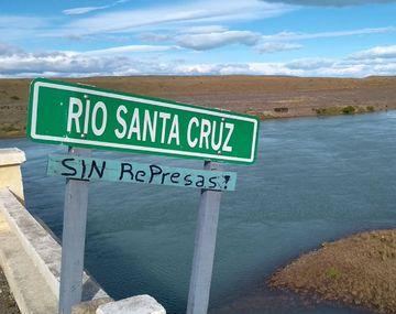 Hallaron el cuerpo del adolescente que cayó al río Santa Cruz hace seis días