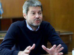 lammens contradice al gobierno: la idea es no parar el futbol
