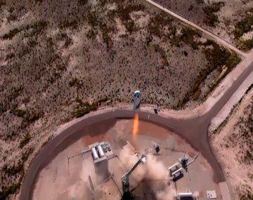 Así fue el despegue del cohete que transportaba al capitán Kirk de Star Trek
