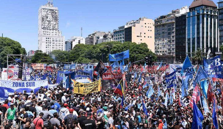 El Gobierno advirtió que no permitirá movilizaciones en bloque en la Ciudad